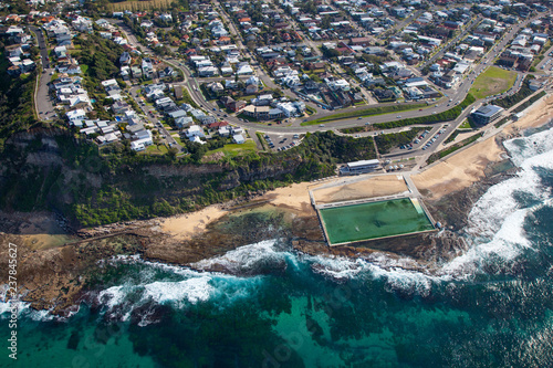 Staande foto Oceanië Merewether Baths - Newcastle Australia. The Merewether Ocean Baths are one of Newcastle Australia's most famous landmarks.