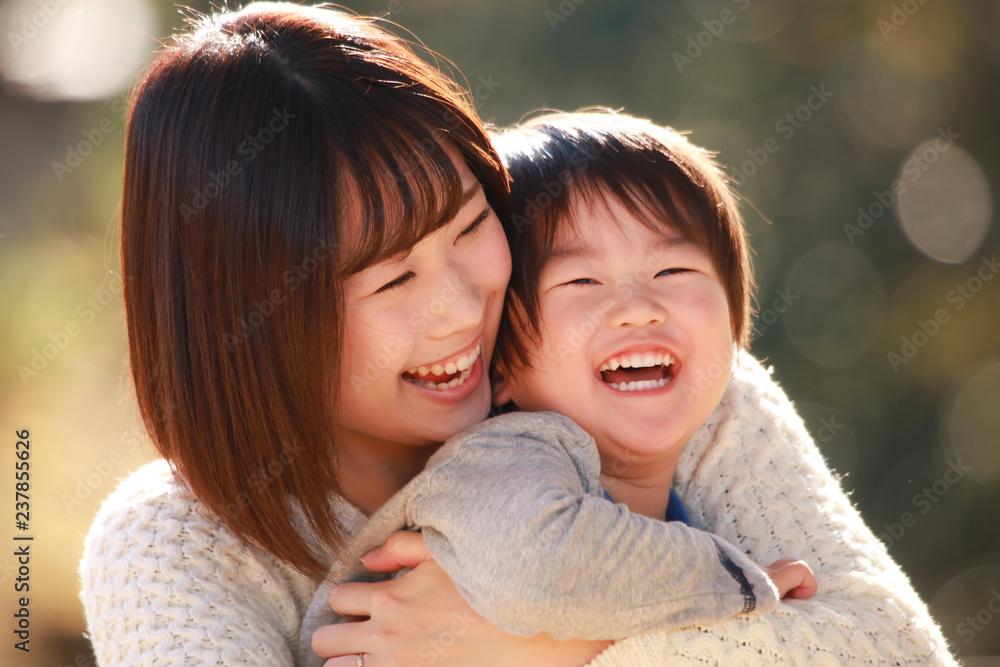 Fototapeta 笑顔の親子