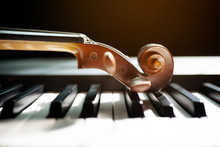 Piano Keyboard With Violin,top View