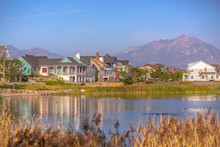 Lakefront Homes Along Oquirrh ...