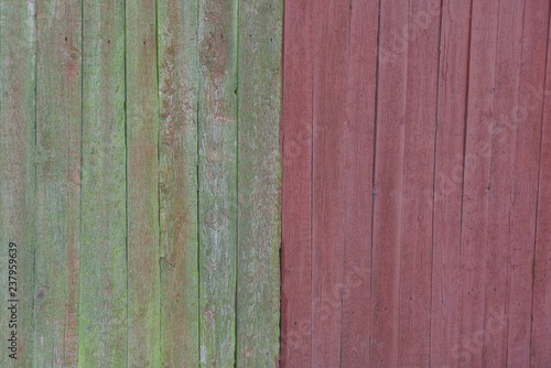 Foto op Plexiglas Groene green red wooden texture from fence boards