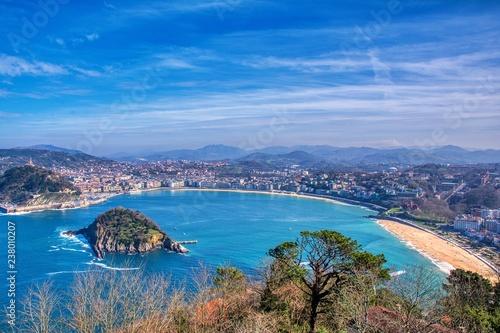 Obraz na płótnie La Concha Bay seen from Igeldo Mount.