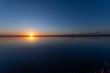 湖の夜明け