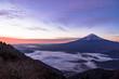 新道峠より朝の富士山