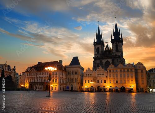 Fotomural Prague square at sunrise