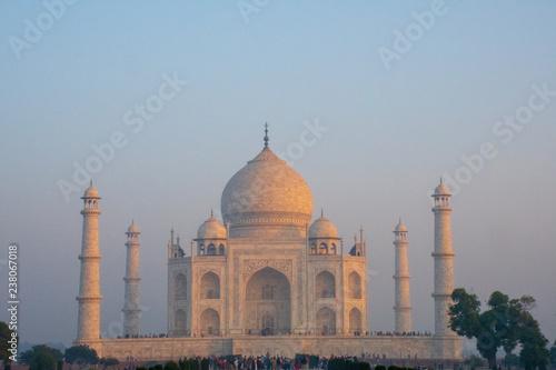 Fotografie, Obraz  Taj Mahal at sunrise