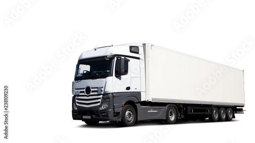Cuadros en Lienzo Freigestellter LKW, fahrend auf Straße fotografiert