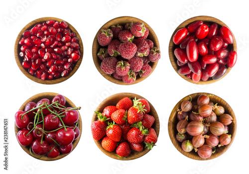 Fotografering  Set of strawberries, cherries, raspberries, cornels, gooseberries and pomegranate seeds