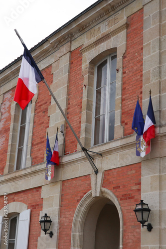 Photographie  mairie means town hall in french