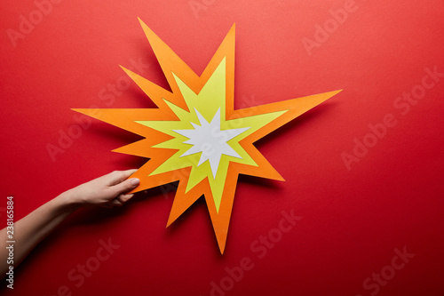 Fotografie, Tablou top view of empty orange bang sign on red background