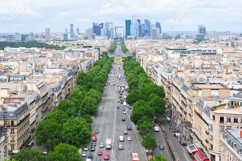 Photo  Paris Aerial View from Arc de Triomphe to la Defense