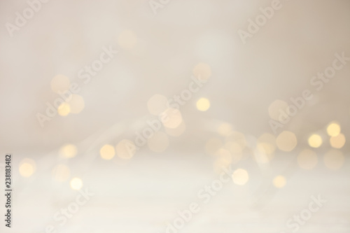 Fotografía  Garland with yellow lights