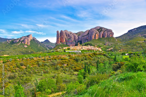 Photo Mallos de Riglos in Aragon, Spanien - Mallos de Riglos in Aragon