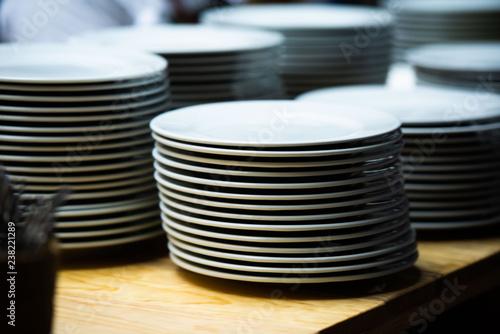 pila de platos limpios Fototapet