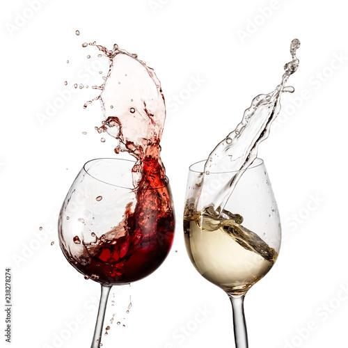 Fototapeta  Red and white wine glasses splash