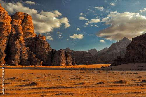 Photo  Wadi Rum, Jordan. Rocks and sand dunes. Middle East