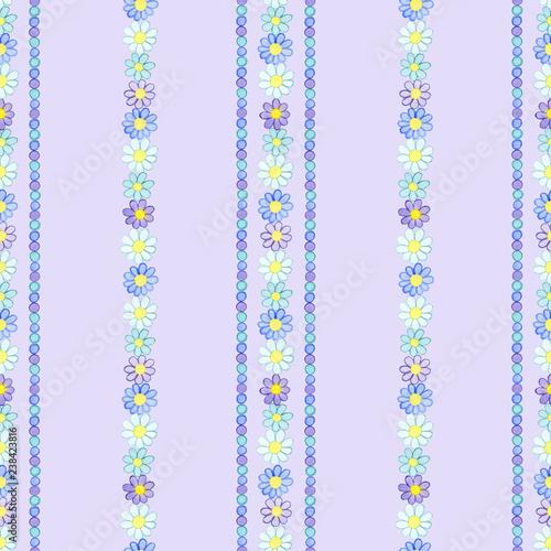 wzor-z-akwarela-recznie-rysowane-biale-niebieskie-fioletowe-kwiaty-i-punkty-na-jasnym-tle-fioletowym-tlo-mozna-latwo-zmienic-na