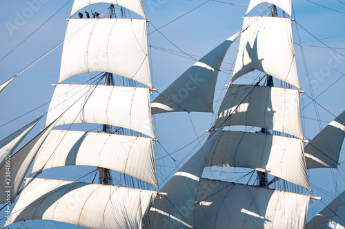Obraz na plátne Full Sail Fore and Mainmast