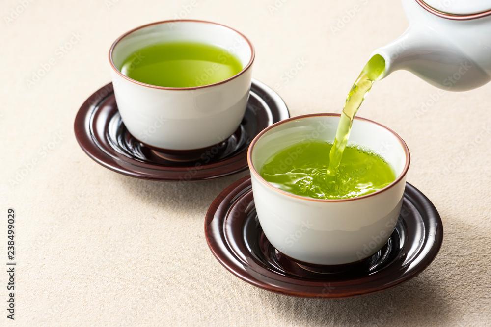 Fototapety, obrazy: お茶を注ぐ