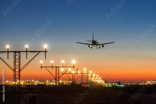 Photo Airport night