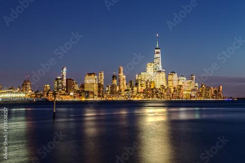 Tuinposter New York City New York City Skyline after Sunset