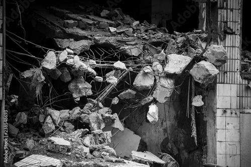 Fotografie, Obraz  Ruined buildings