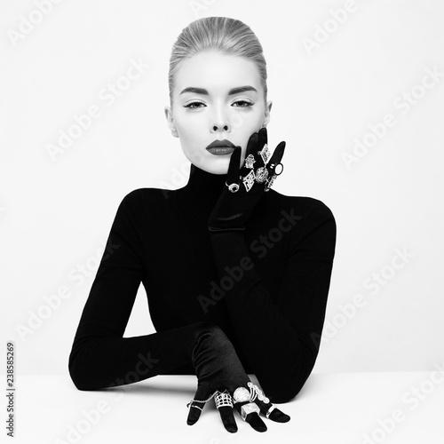 Fotobehang womenART Beautiful blonde lady with lot of precious rings