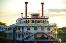 Riverboat Casino On Mississipp...