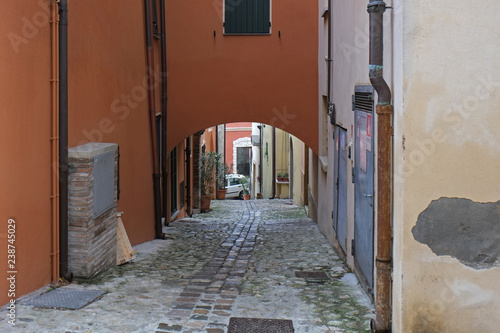 Photographie  A street in Verucchio, Italy