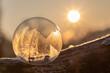 canvas print picture - Gefrorene Seifenblasen im Sonnenaufgang