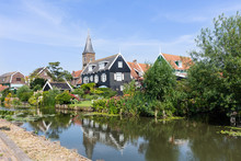 Panorama Of Houses And A Canal In Hisotric City Edam, Netherlands