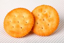 RITZ CRACKERS            CLOSE UP FOOD IMAGE