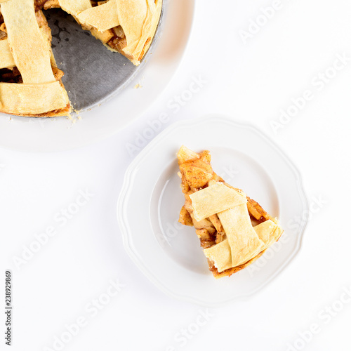 Photo  American apple pie  isolated on white background