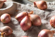 Raw Purple Organic Shallots