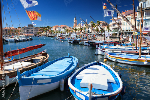 Sanary harbor on the Cote d'Azur in the south of France фототапет
