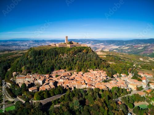 Fotografija  Medieval village of Radicofani in Tuscany
