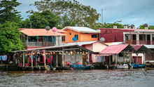 Maisons Colorées Tortuguero