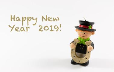 Happy New Year 2019 mit Element Schornsteinfeger auf weißem Hintergrund