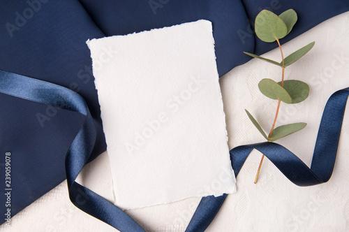 Navy blue wedding mockup with ribbon Canvas-taulu