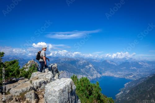 Fototapeta Auf den Berg obraz na płótnie