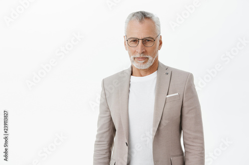 Fotografía  Self-assured smart and intelligent senior rich businessman in glasses an elegant