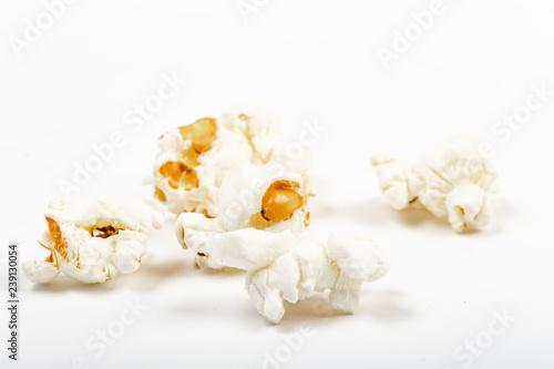 Pop Corn Sparsi Su Tavolo Con Sfondo Bianco Buy This Stock Photo