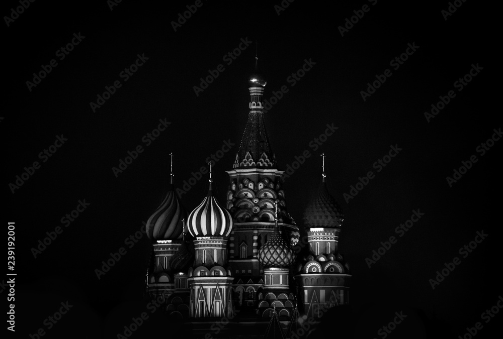 Fototapety, obrazy: Saint Basil's Cathedral in Red Square in winter at night, Moscow, Russia.