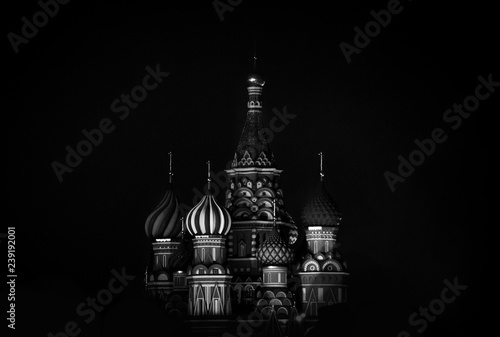 Fototapeta Saint Basil's Cathedral in Red Square in winter at night, Moscow, Russia