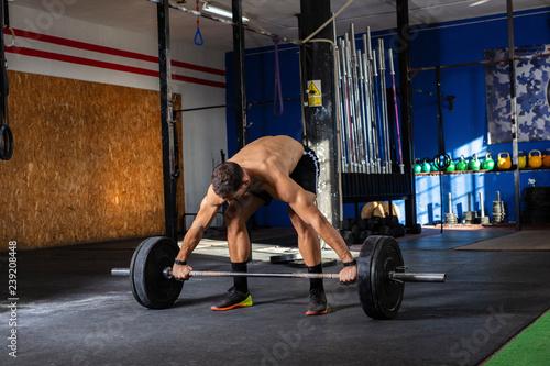 Photo young man training