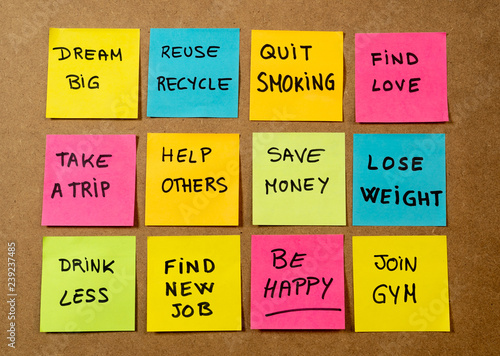 Deurstickers Ontspanning New Year resolutions or popular Goals and colorful sticky post its memo notes on cork board