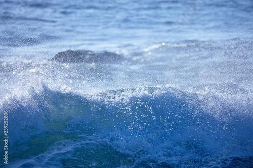 Foto auf Gartenposter Wasser 千畳敷から望む大きな波
