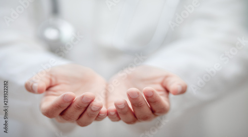 Fototapety, obrazy: Empty hands of the Doctor , medical professional handed holding virtual object to paste text or item product . healthcare and advertisement concept, copy space
