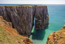 Stack Rocks, Castlemartin, Pem...