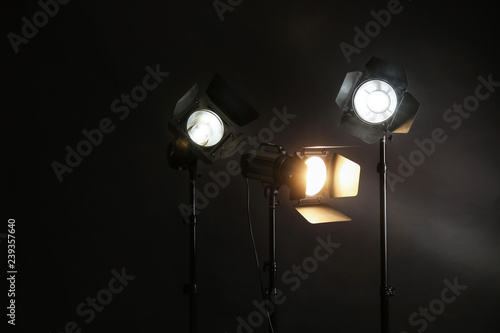 Foto Professional lighting equipment on dark background